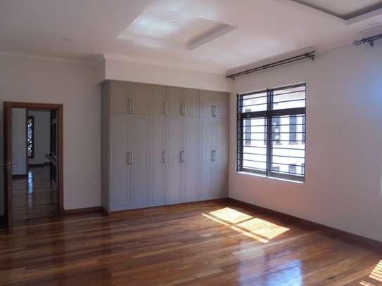 6 bedroom house for rent in Runda image 20
