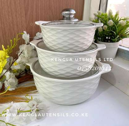 Set of 3 white serving Bowls image 1