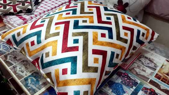 Complete Throw pillow Set image 2