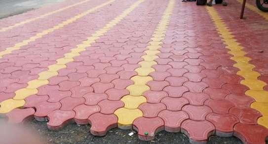 Coloured 3D cabros/Paving blocks image 1