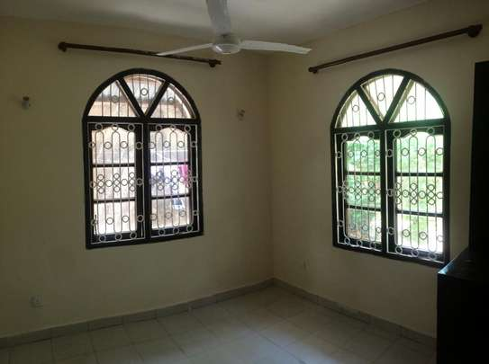 2br House for Rent in Nyali.HR11-NYALI image 5