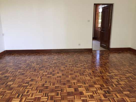4 bedroom apartment for rent in Runda image 7