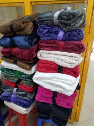 Luxury Super Soft Warm Fleece Blankets image 1