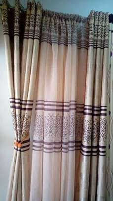Customized curtains image 3
