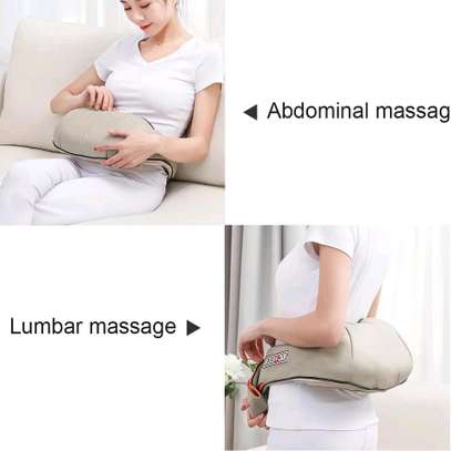 U/Neck Shoulders Massager image 6