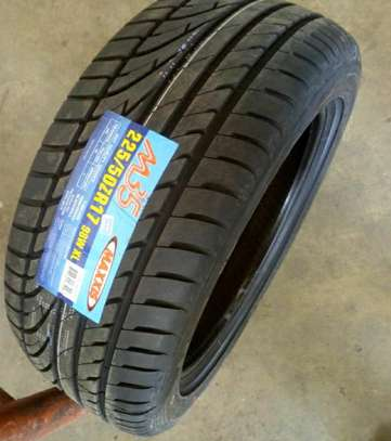 Maxxis Tyres 225/50R17 image 1