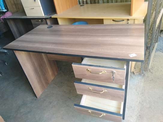 Office desk 1.2m