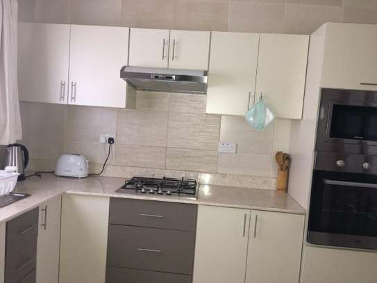 Furnished 2 bedroom apartment for rent in Rhapta Road image 3