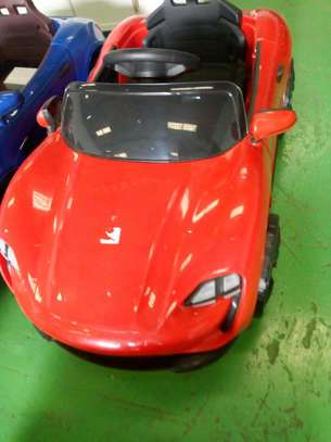 electric toy car for upto 5years