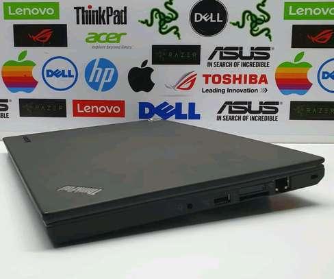 Lenovo thinkpad X240 image 2