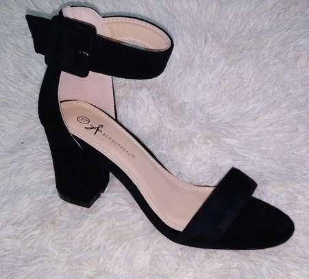 Chunky heels image 3