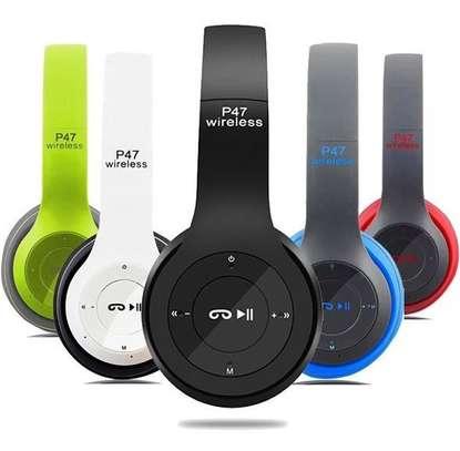 Bluetooth headphones powerful Bass image 1