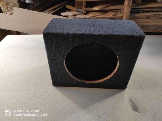 "Sealed space saving subwoofer enclosure for a 12"" bass speaker. image 1"