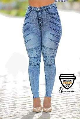 Wash Jeans image 5