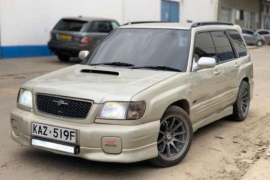 Subaru Forester 2.0 image 4