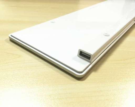 Apple MAC G6 A1243 Keyboard Wired USB w/ Numeric Keypad Full Size-UK/GB English image 4