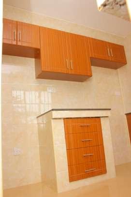 Luxurious 2 bedroom master Ensuite apartment image 4