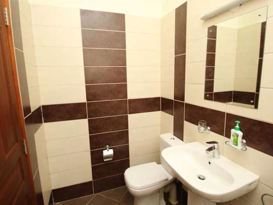 5 bedroom townhouse for rent in Kileleshwa image 9