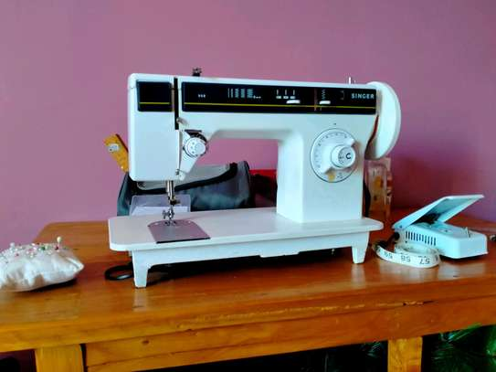 Singer 968 Automatic Sewing Machine