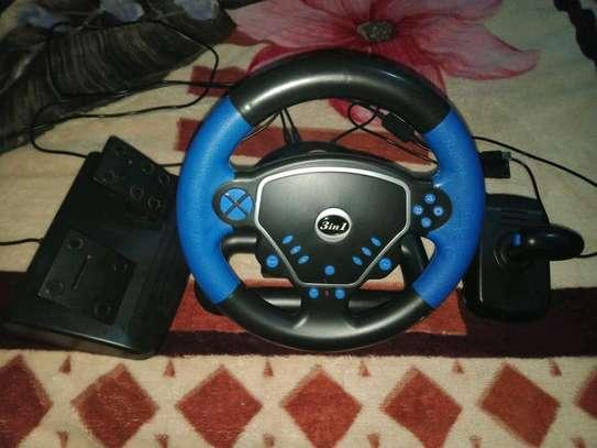 Steering wheel for games image 1