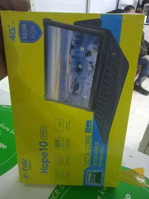 X-Tigi Tablet with Keyboard 32GB+4GB Ram with 4G network-Large battery image 1