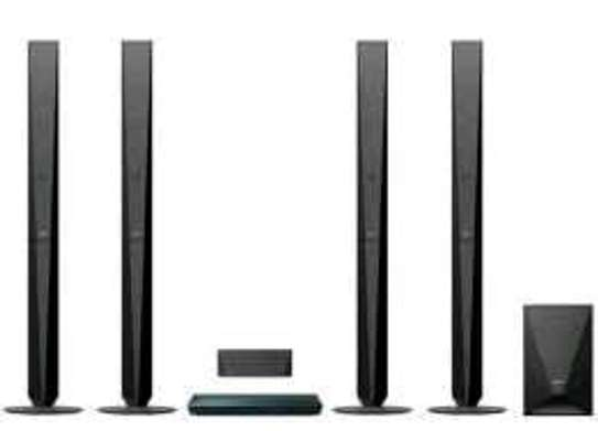 Sony DZ 950 home theater system 4tollboys