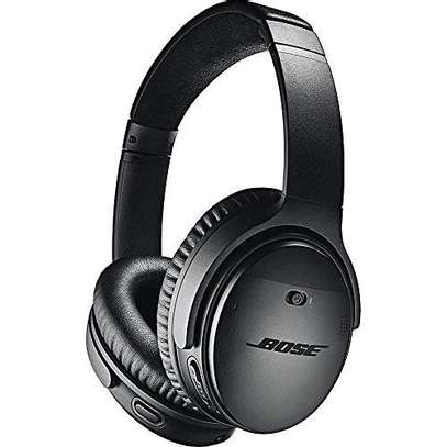 Bose QuietComfort 35 II Noise Cancelling Smart Wireless Headphones image 9
