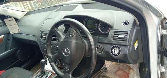 Mercedes-Benz C200 Kompressor image 4