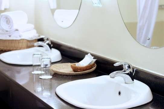 Furnished 4 bedroom apartment for rent in Kilimani image 11