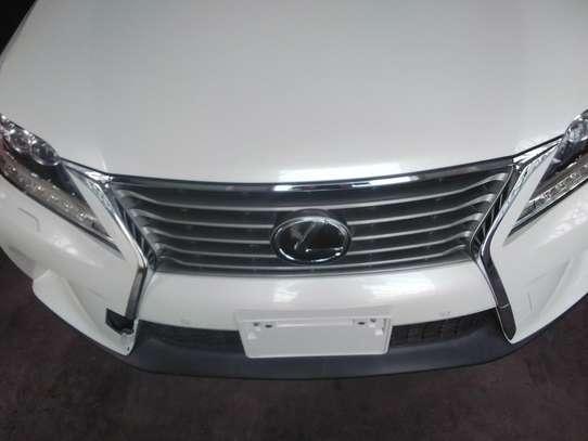 Lexus LX image 7