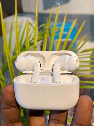 Clean Airpods Pro image 1