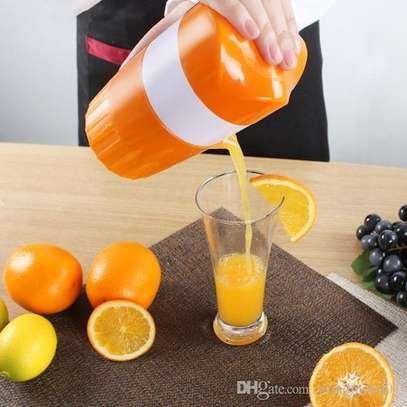 Peng Hui Manual Orange Juice Presser- Orange image 1