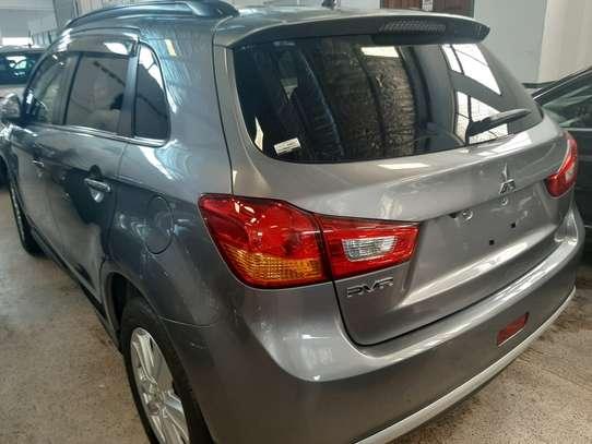 Mitsubishi RVR 2.0 image 5
