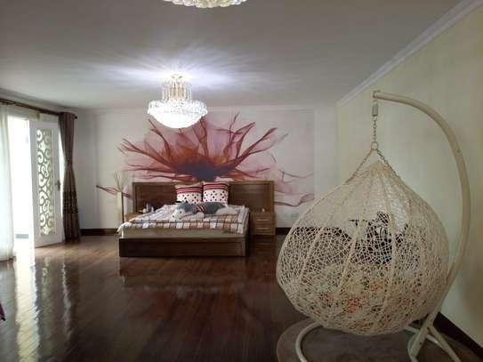 5 bedroom townhouse for rent in Runda image 17