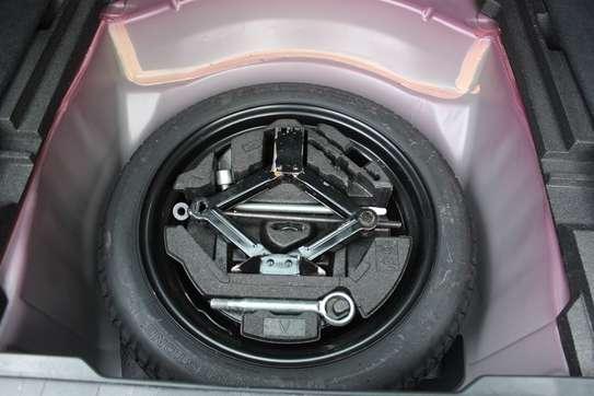 Subaru Legacy 2.0 GT StationWagon image 8