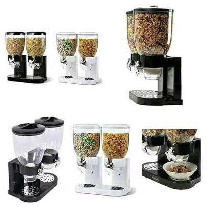 Cereal Dispenser image 3