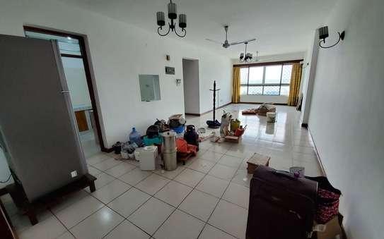 3 bedroom apartment for rent in kizingo. .AR25-Kizingo image 3