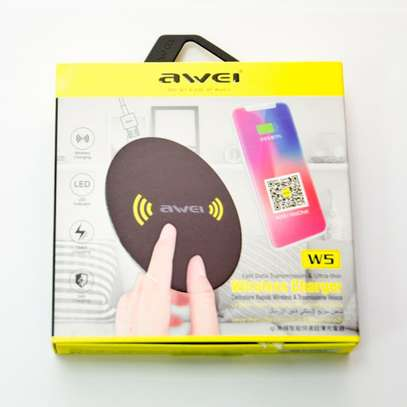 Awei W5 Ultra Thin Wireless Charger image 5