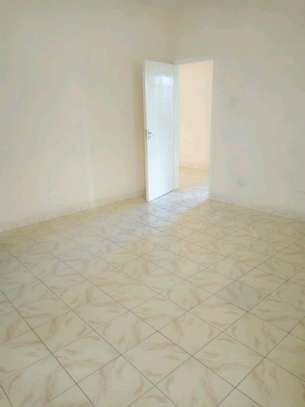 3 bedroom apartment available to let in Kilimani image 9