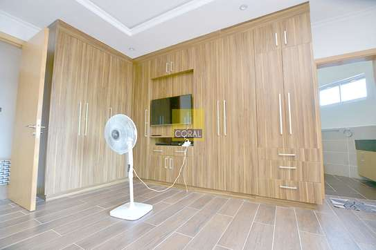 Furnished 4 bedroom apartment for rent in Kileleshwa image 12