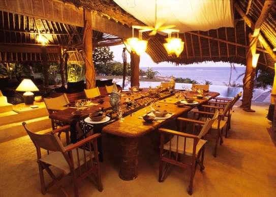 Furnished 10 bedroom villa for sale in Diani image 11