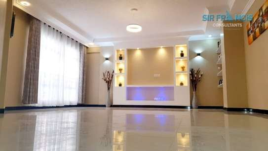 4 bedroom apartment for rent in Lavington image 7