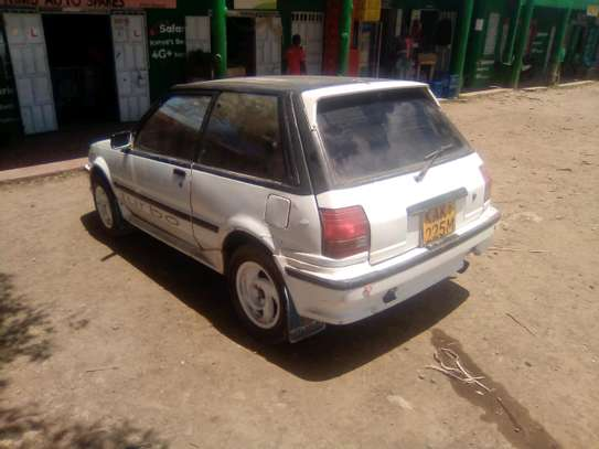 Toyota Starlet image 7