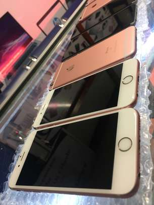 Apple iPhone 6s Easter Holiday Offers image 8
