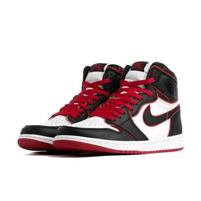 Nike Air Jordan 1 high retro image 4