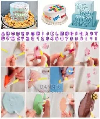 114 Pcs Cake Decorating Plunger Set image 1