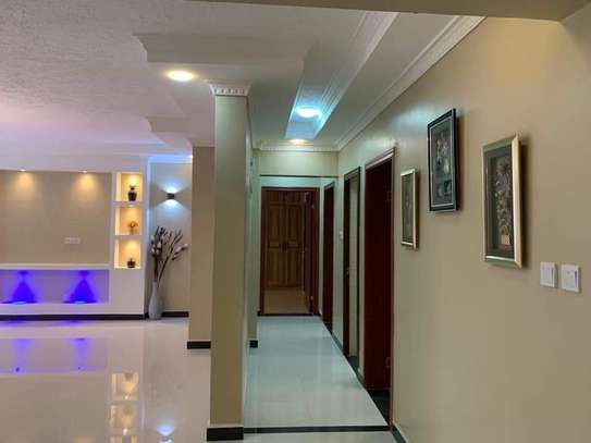 4 bedroom apartment for rent in Lavington image 6