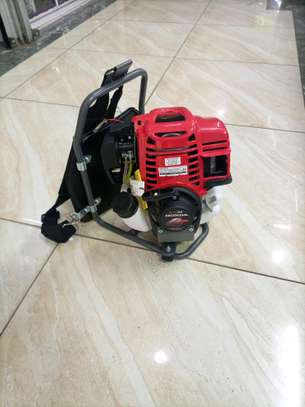 Brush cutter high quality image 1