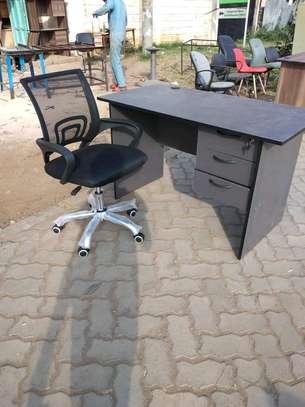 Office desk 1m+ chair image 3