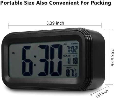 LED Digital Backlit Alarm Clock WithThermometre And Calender image 4